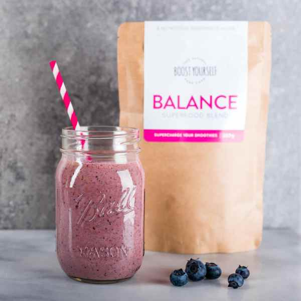 Natural vitamin rich superfood powder for smoothies