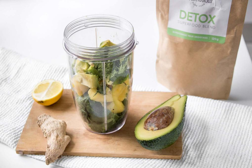 Green detox smoothie recipe by Boost Yourself