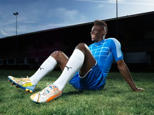 Mario Balotelli Wears the New PUMA evoPOWER 1.2 Football Boot_7