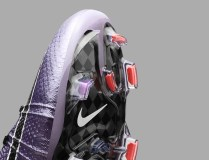 Nike_Football_LIQUID_CHROME_MERCURIAL_SUPERFLY_FG_641858_580_G_original