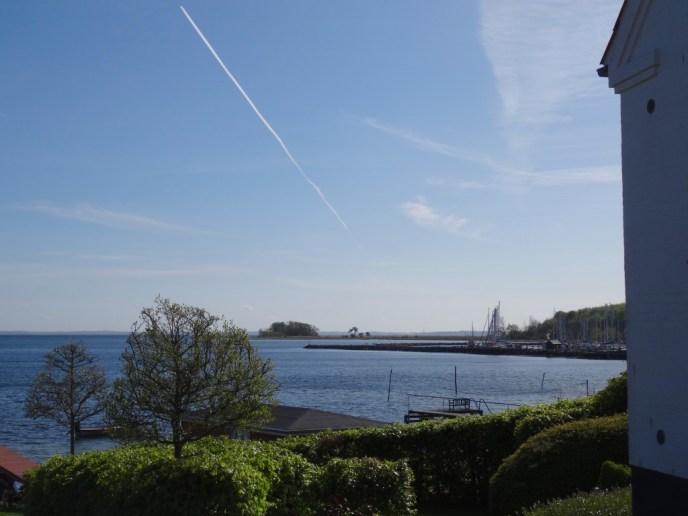 Blick vom Ort Høruphav aus auf die See.