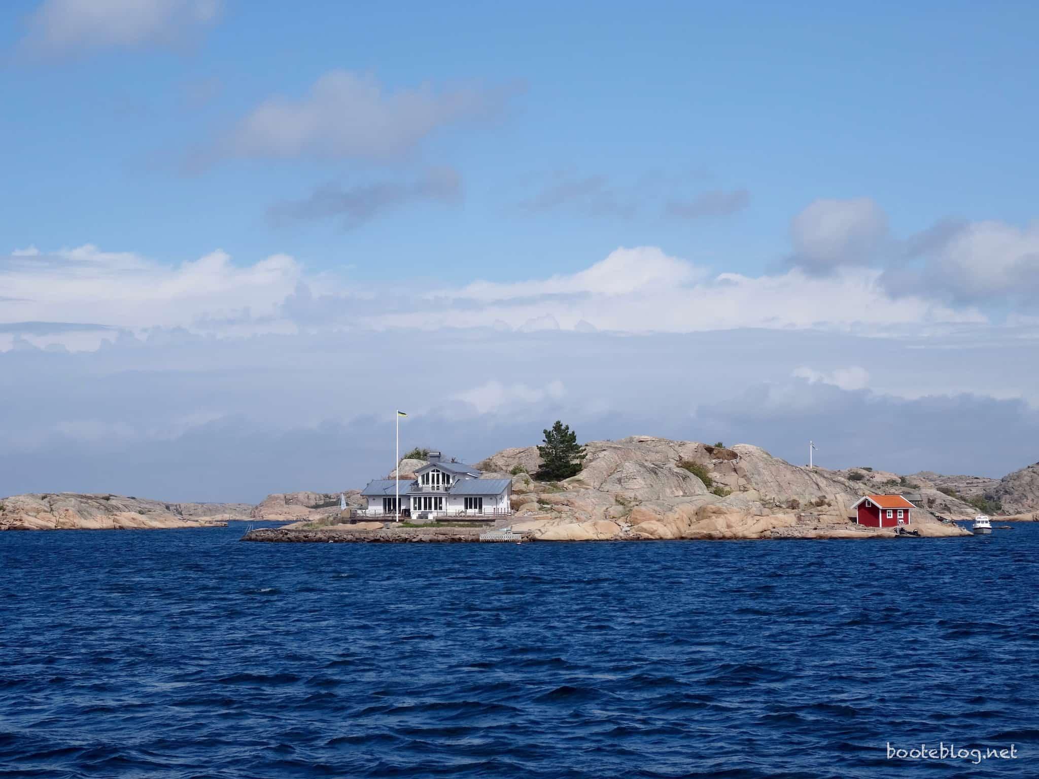 Eine eigene Insel mit nettem Haus darauf - in Schweden ist das nicht unüblich.