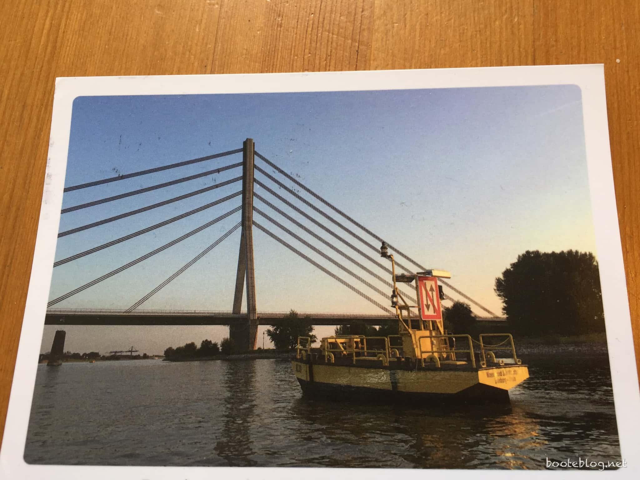 Die erste Dankeschön-Postkarte: Duisburg, alter Pfeiler im Hintergrund