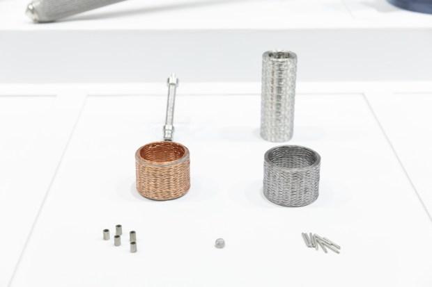 エヌプラス2017の展示会ブースデザイン装飾