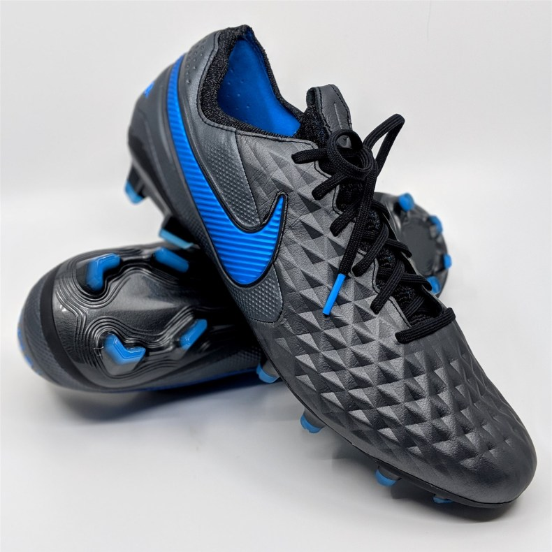 Best football boots for defenders - Nike tiempo legend 8