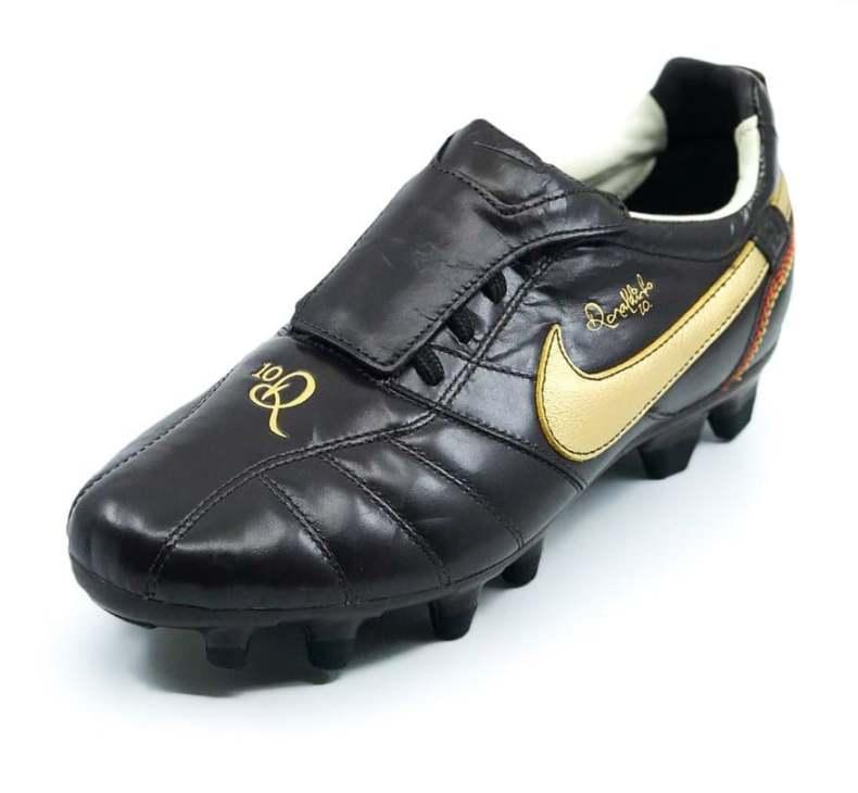 Nike Tiempo Ronaldinho R10
