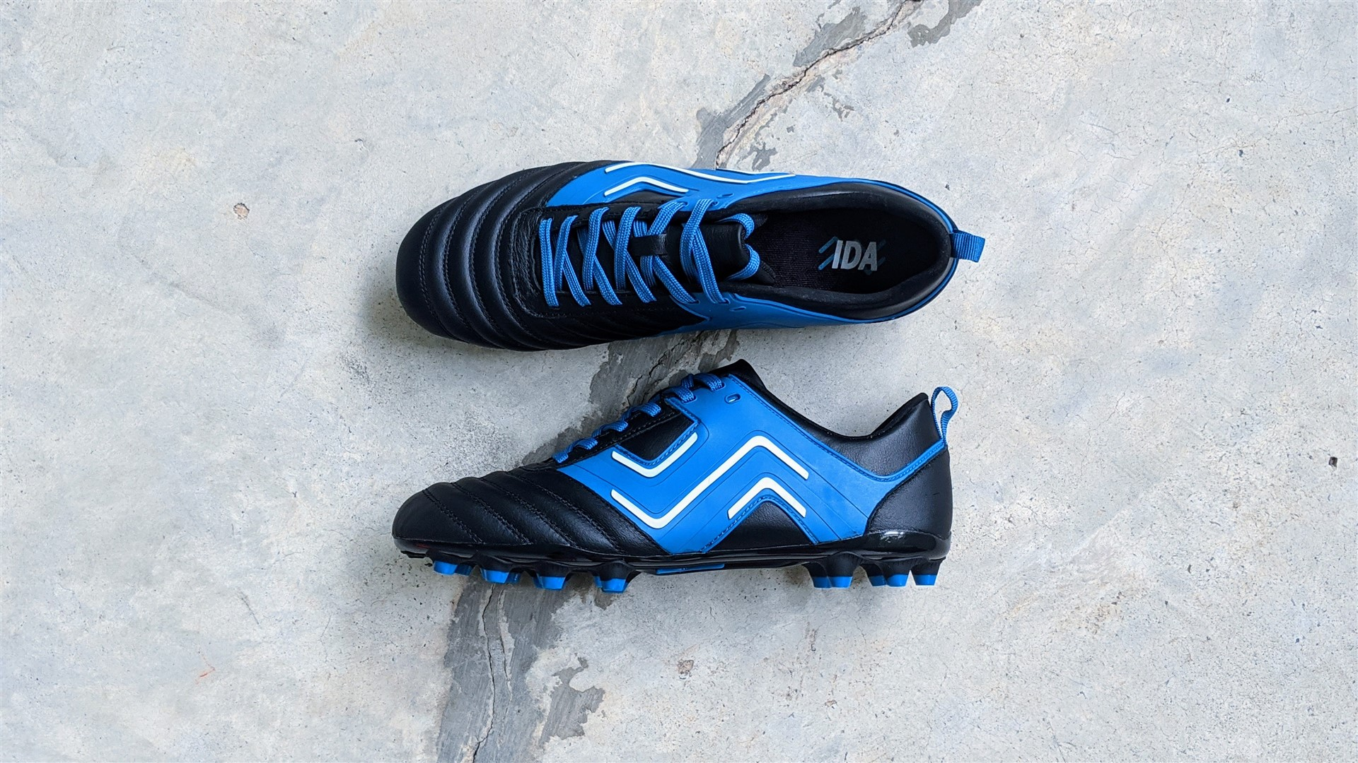 Ida sports football boots soccer cleats for women