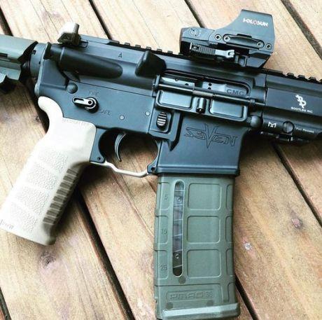 grips on your ar-15 bootleg