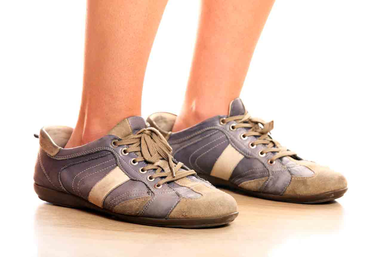 8 Ways To Make Your Big Shoes Fit
