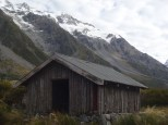 An old hut on the way out to the Mt Cook Glacier