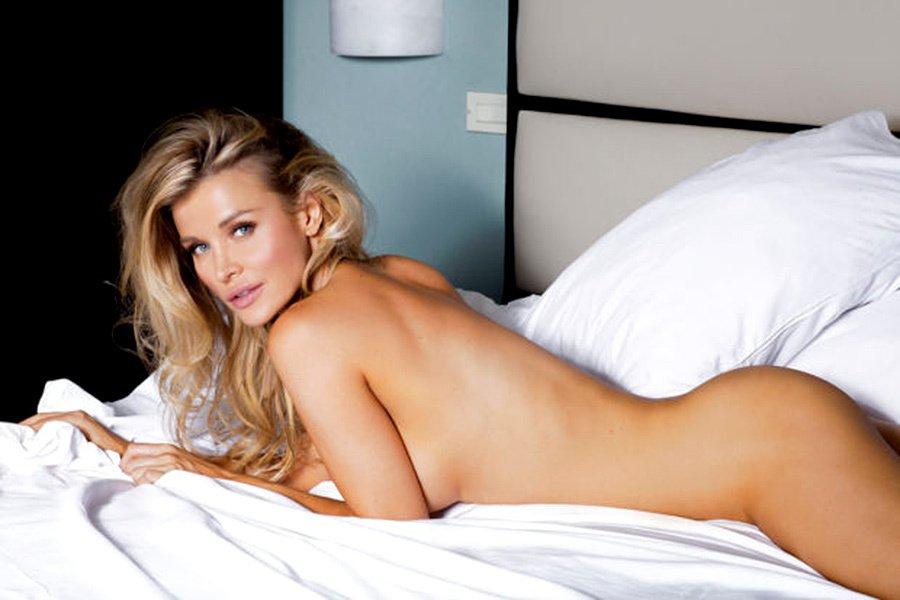 petites-porn-joanna-krupa-nude-ebony