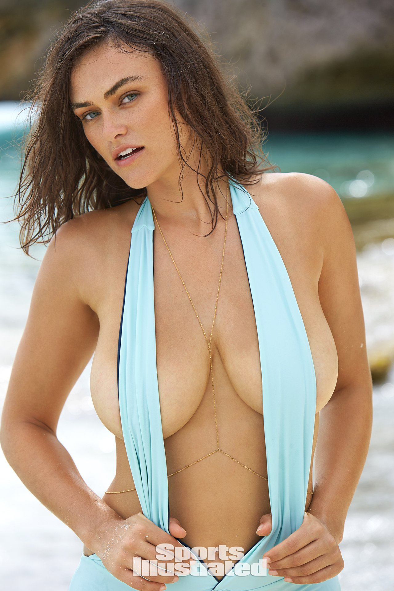Myla Dalbesio Flaunts Amazing Body For Sports Illustrated -4241