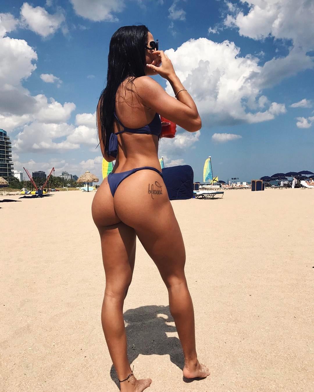 #DoItForTheGram: Sexy Girls Twerking – Instagram Edition ...