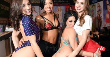 Abella Danger, Honey Gold, Kissa Sins and Jill Kassidy