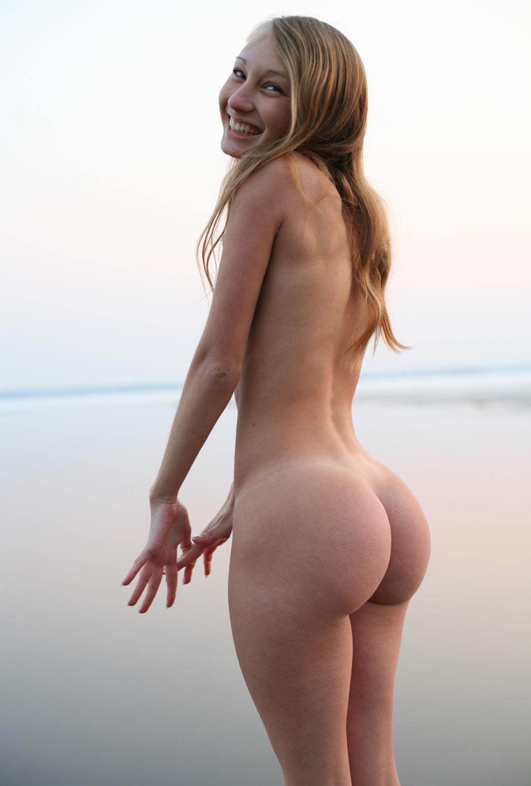 Young White Girl Big Ass