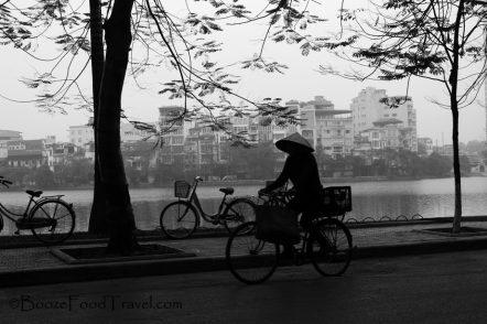 woman-bike-hanoi