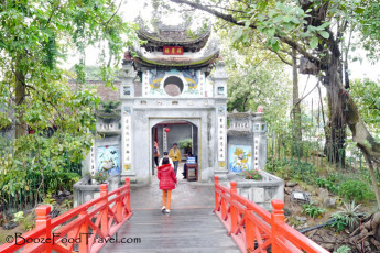 Entrance to the Temple of the Jade Mountain