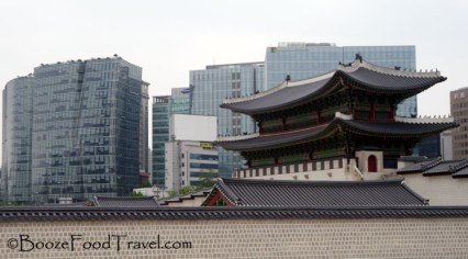 Gyeongbokgung is surrounded by more than just the mountains around Seoul