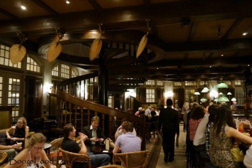 long-bar-singapore