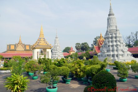 Royal stupas and memorials