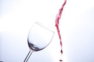 Wine escaping Glass alcohol promises