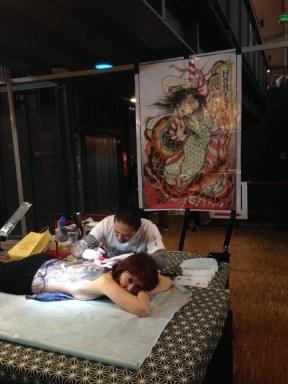 Hori Shin tattooing