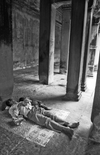 Cambodia. Angkor Wat, 3 pm