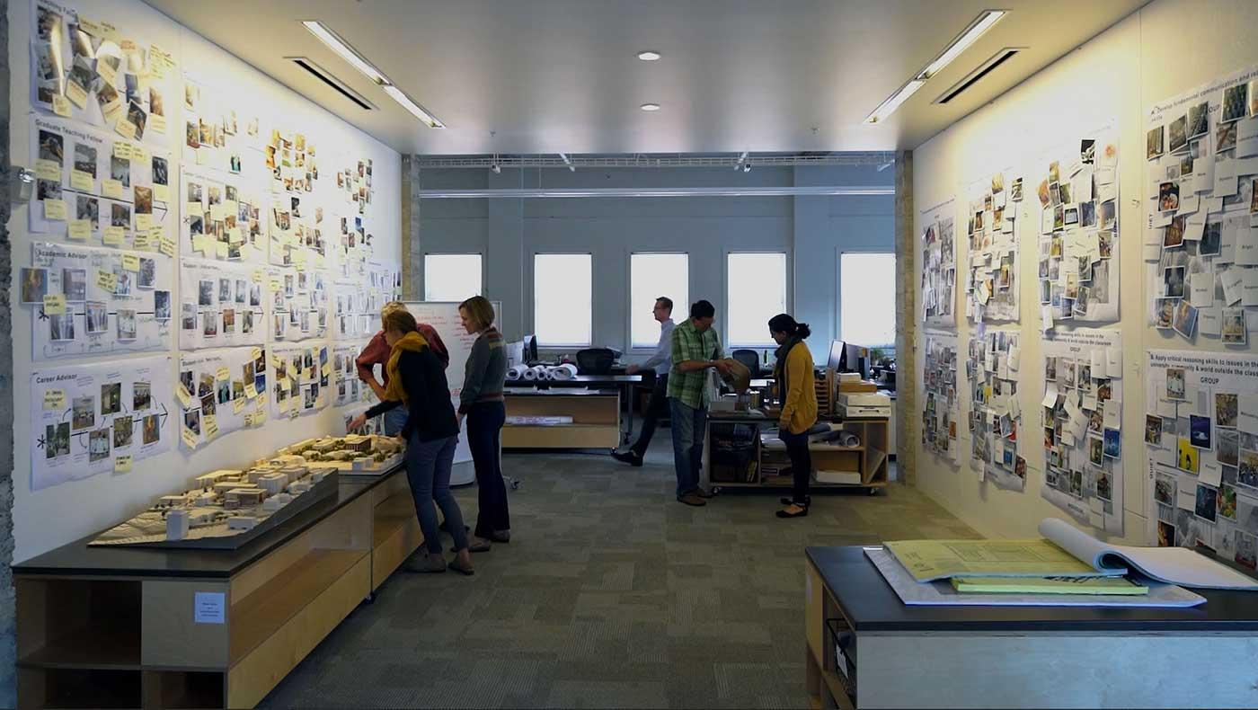 Studio  Bora