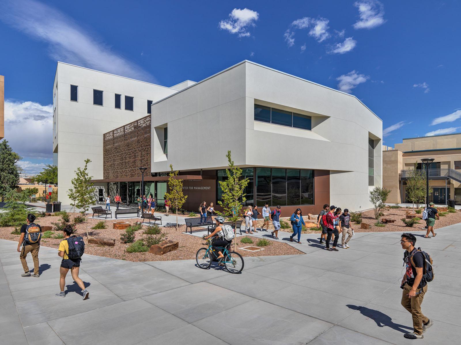 University Of New Mexico Mckinnon Center