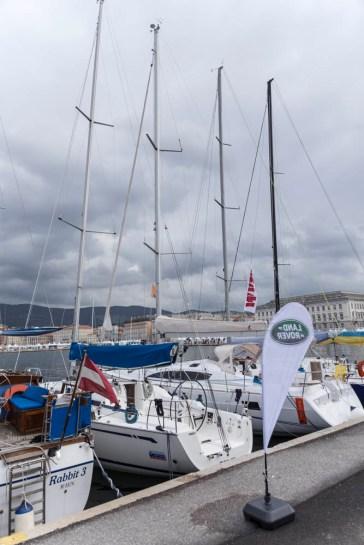 Le prime barche partecipanti hanno iniziato a popolare gli ormeggi