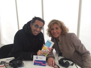 Il conduttore di Caterpillar Filippo Solibello con Daniela Luchetta allo stand di RaiRadioDue allestito per la Barcolana