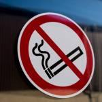 Минздрав предложил штрафовать курильщиков на работе