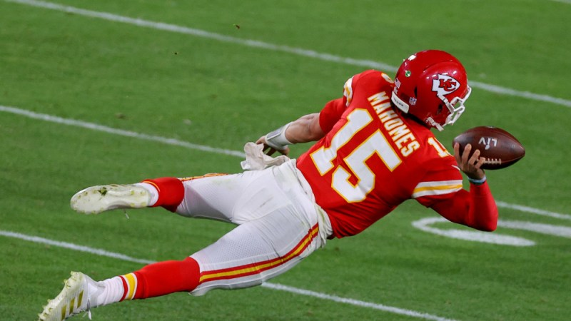Will Veterans Take Pay Cuts To Play With Patrick Mahomes And Ring Chase?