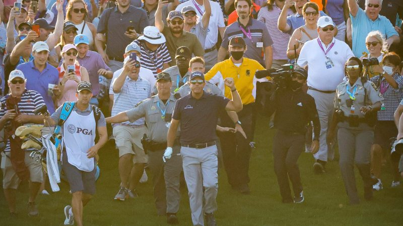 Mickelson's PGA Championship Victory; Crowd Reminded The World That Professional Sports Is Needed