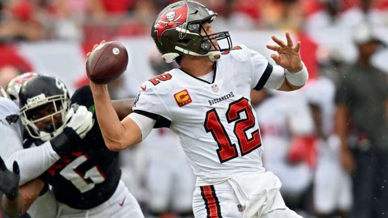 Bucs Ready For First Road Test Of The Season Against the Rams