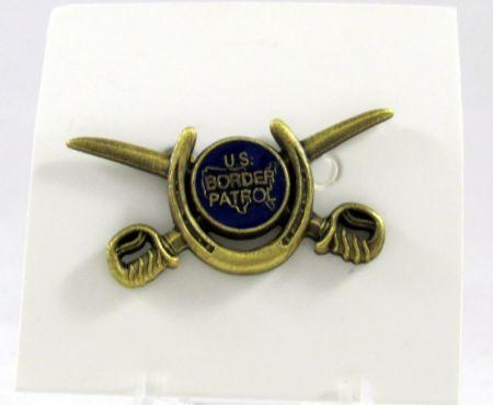HORSE PATROL PIN - Pins / Charms