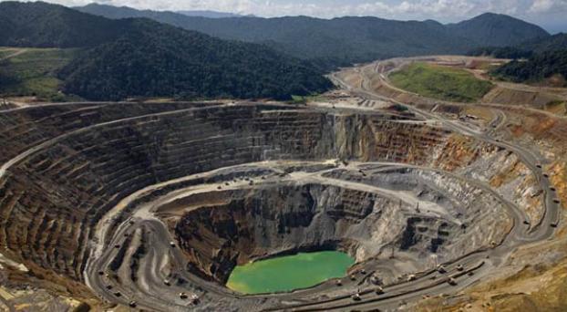 Saqueo a cielo abierto: el increíble regalo del gobierno a las mega mineras