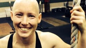 La rugbier que se repuso a una fractura de cuello y a la quimioterapia para competir.