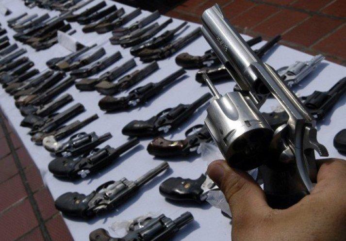 armas en civiles