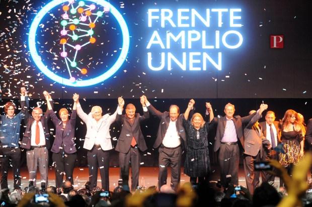 Lanzamiento nacional de UNEN en 2014. No llegó unido a 2015.