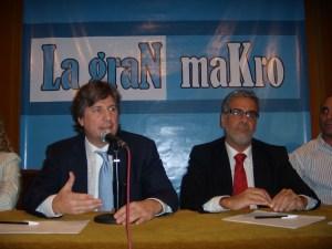 Boudou y Feletti, en 2011, presentan La Gran Makro.