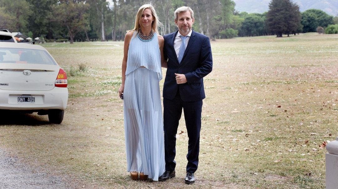 Victoria Costoya, esposa de Frigerio, debe dejar su cargo en Desarrollo Social.
