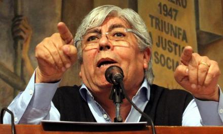 En la intimidad, Moyano cree que Macri tiene la culpa de todas sus desgracias