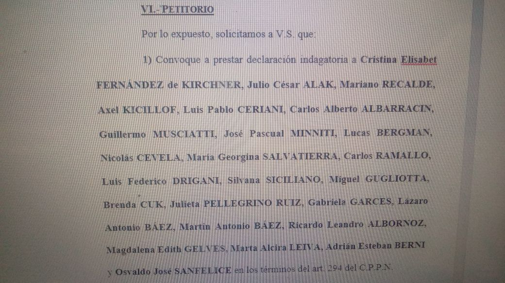 El dictamen de los fiscales que pide la indagatoria de CFK.