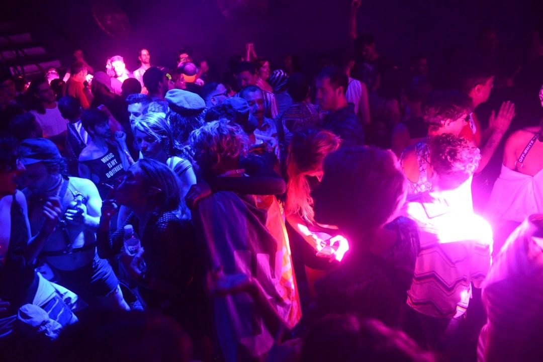 Las fiestas Turbo, donde se hacen competencias de voguing, runway y freestyle. Ph: Mariano Espinosa.