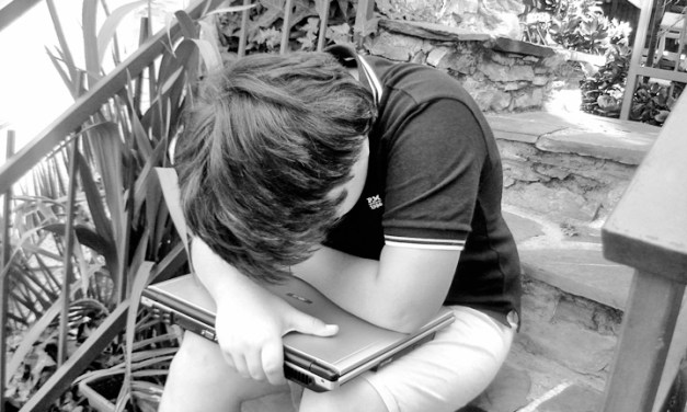 Mi hijo me dice que me odia: manual urgente para padres desesperados