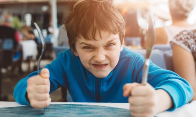 Mi hijo de 8 años me enfrenta y quiere retarme ¿qué hago?