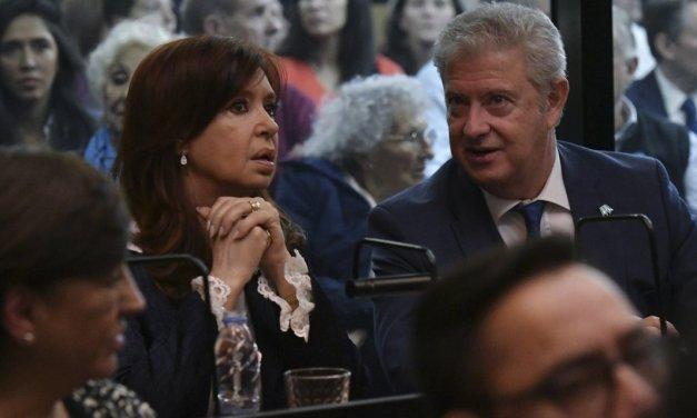 Excepciones al anti-nepotismo macrista y visitas VIP a la Rosada albertista