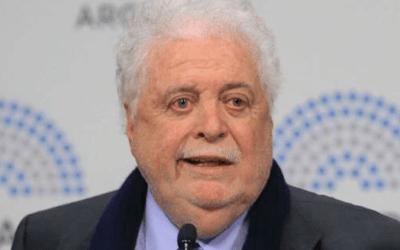Ginés González García dijo que la vacunación contra el coronavirus comenzará en la «primera quincena de enero»