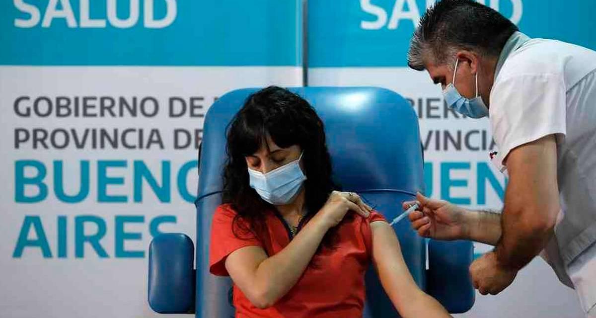 ¿Cuántas personas se vacunaron en Argentina? Los números provincia por provincia